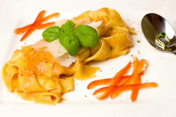 noodles-1935152_1920_600x600